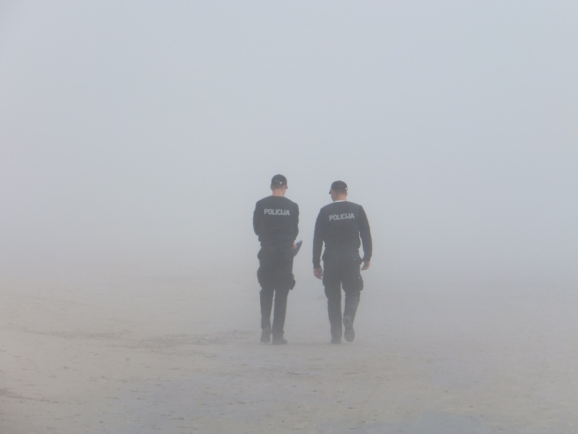 police-fog-seaside-38442